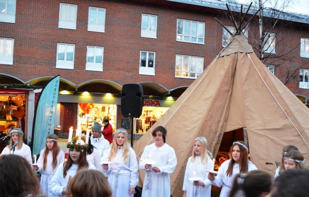 uciadag Kerstmarkt Umea