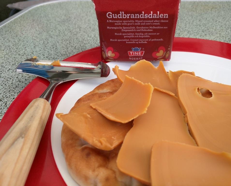 brunost eten in Noord-Dalarna
